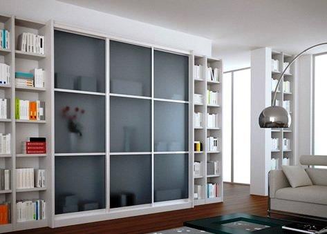 drsna vrata v dnevni sobi