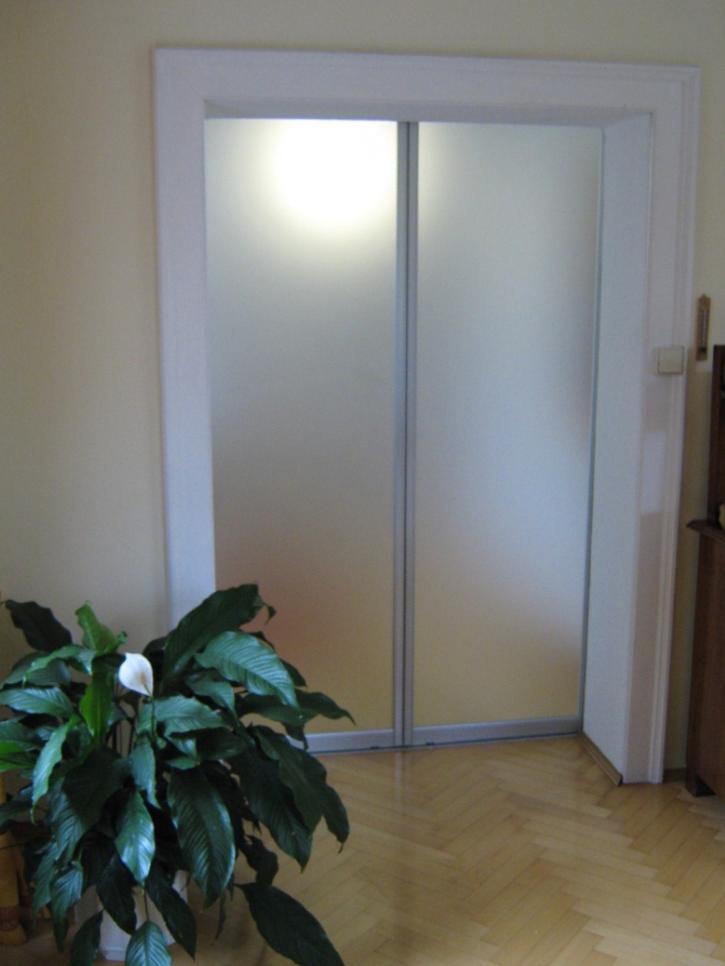 drsna vrata v steklu